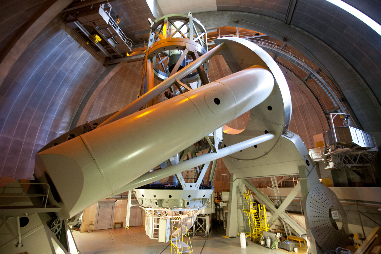 The inch hale telescope